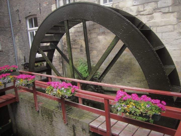 Maastricht 6